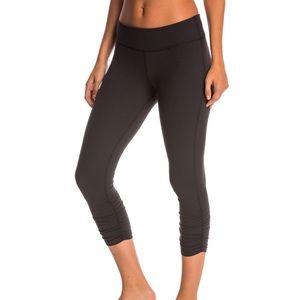 New Balance cropped leggings sz S